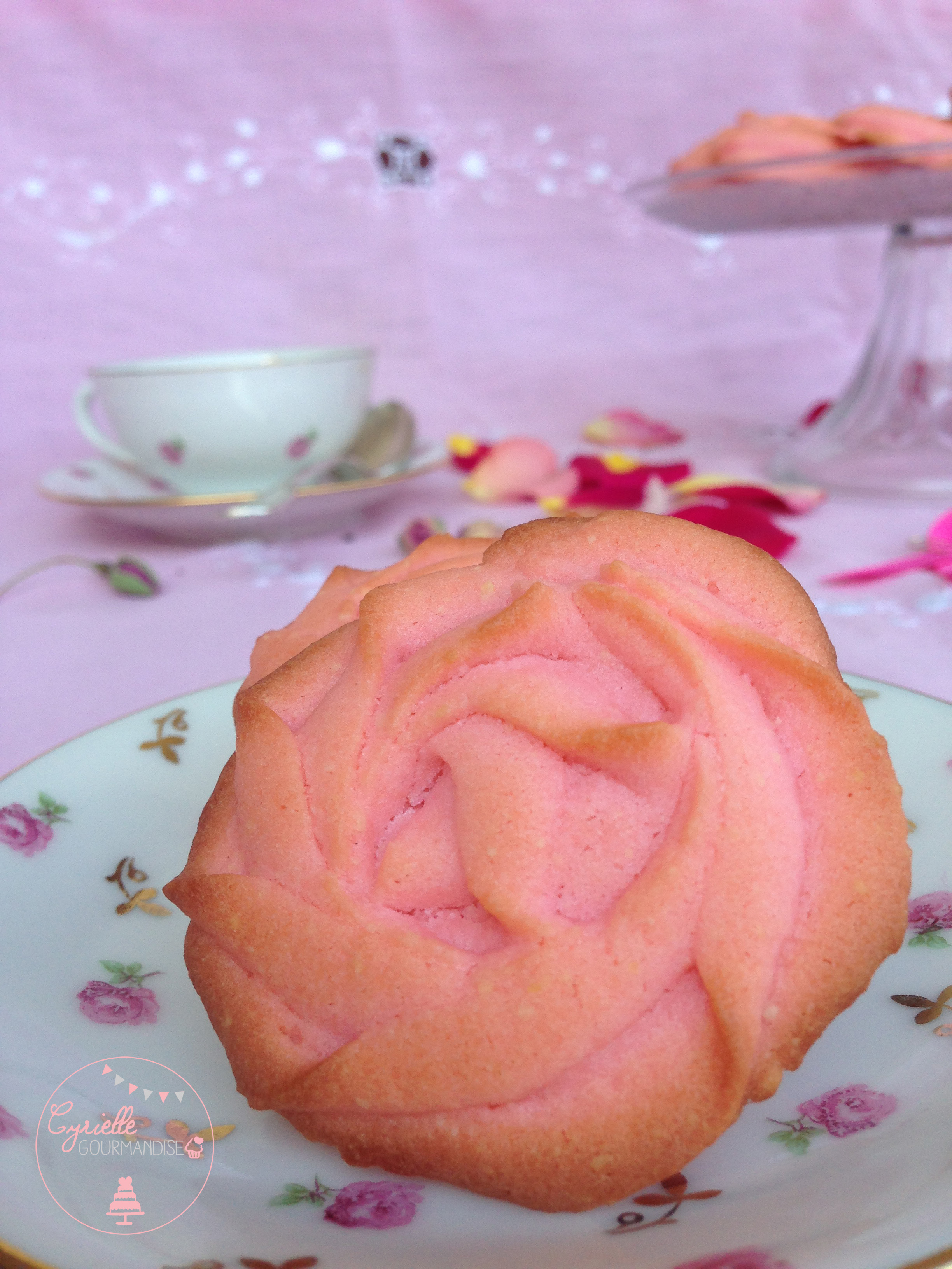 Sablés fondants à la rose 4