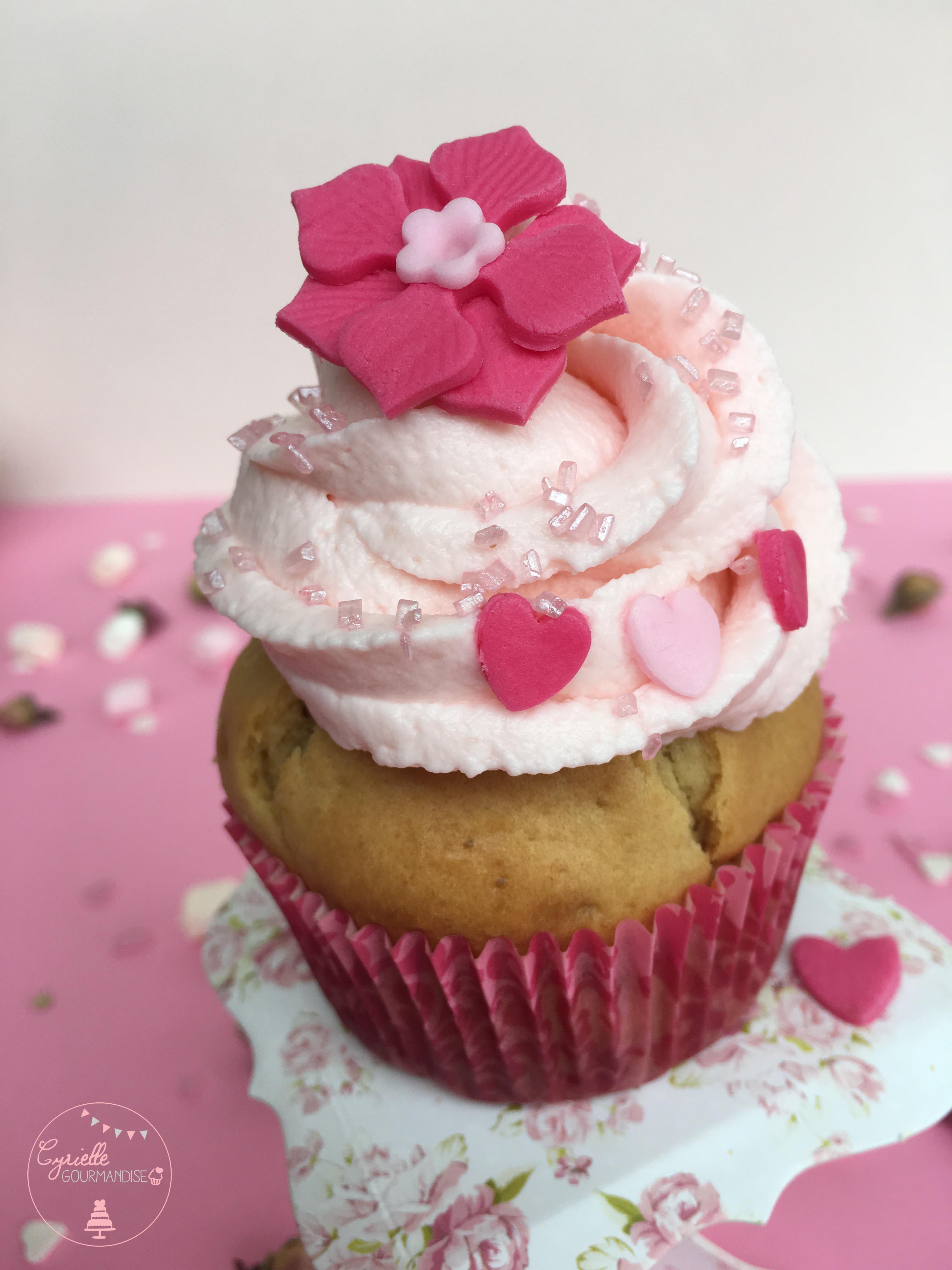 Cupcake rhubarbe rose 2