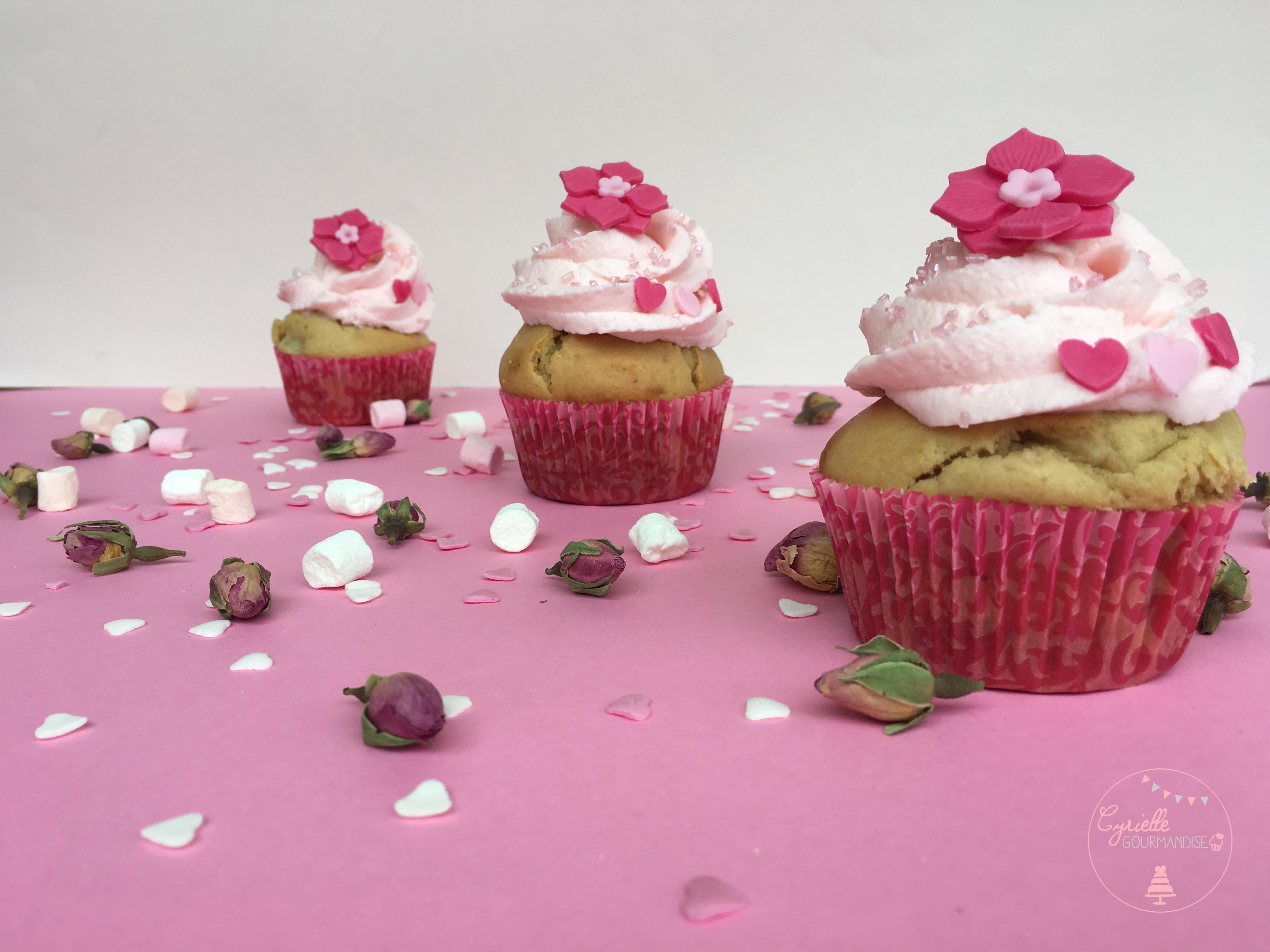 Cupcake rhubarbe rose 6