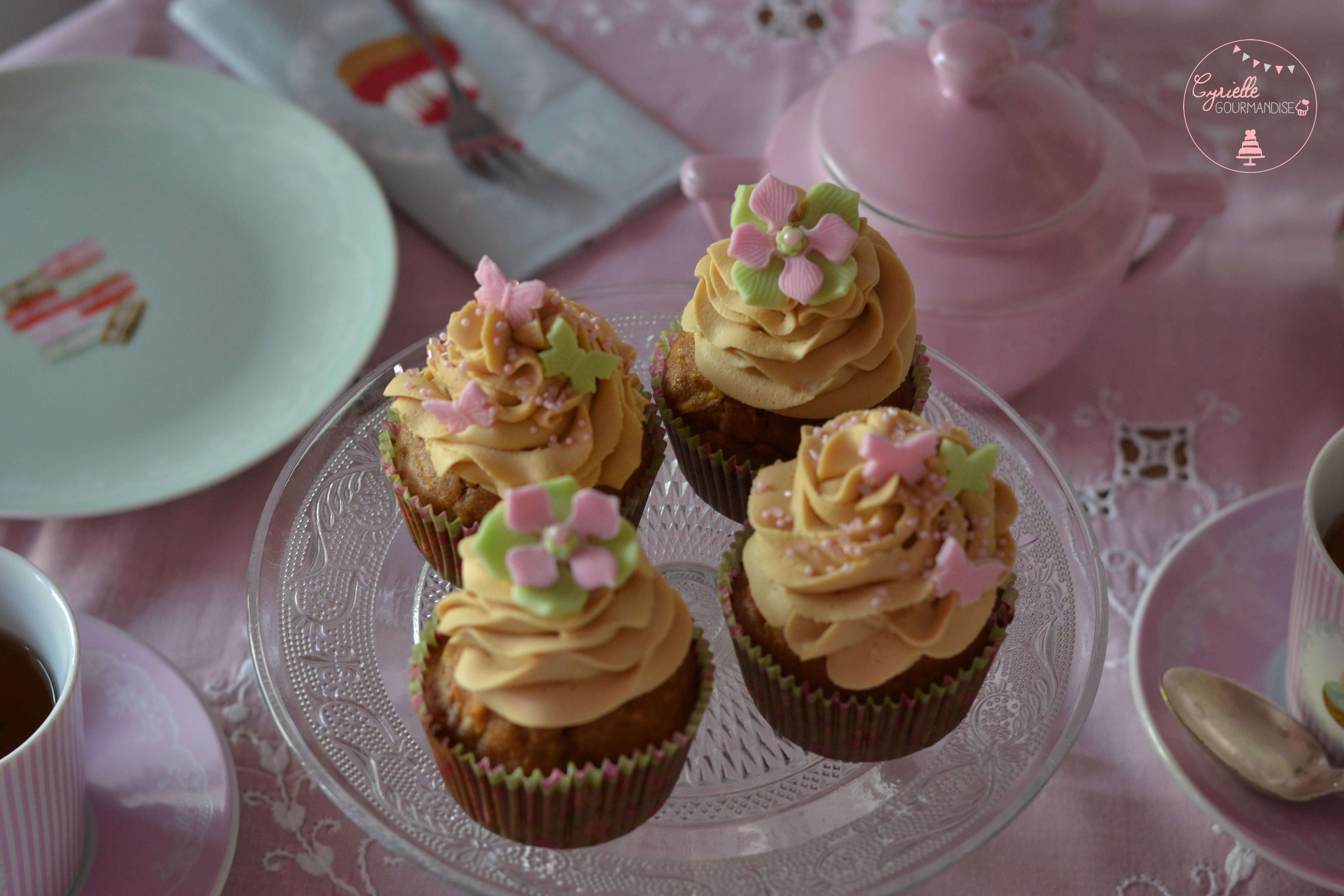 apple-cupcakes-2