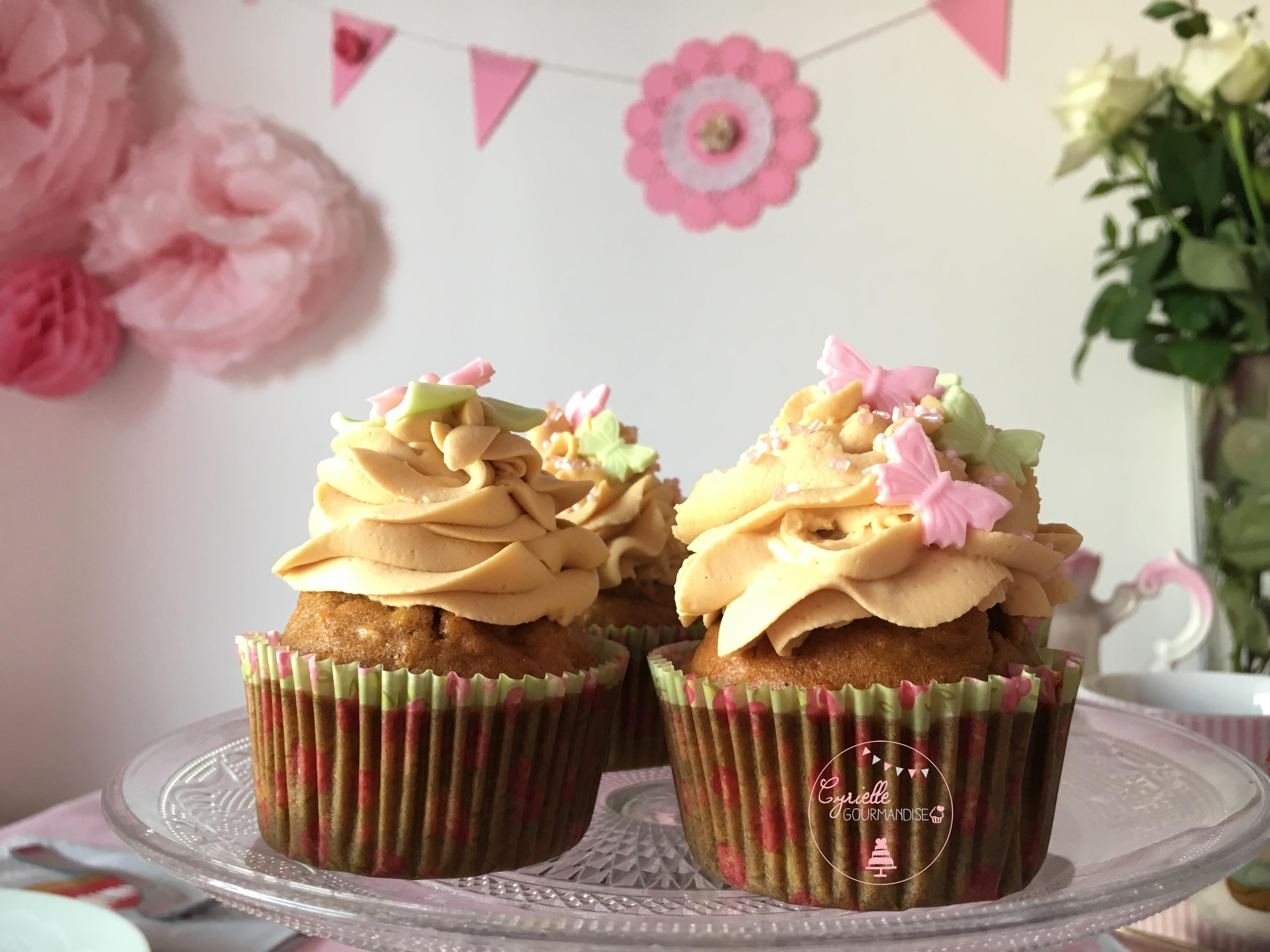 apple-cupcakes-5