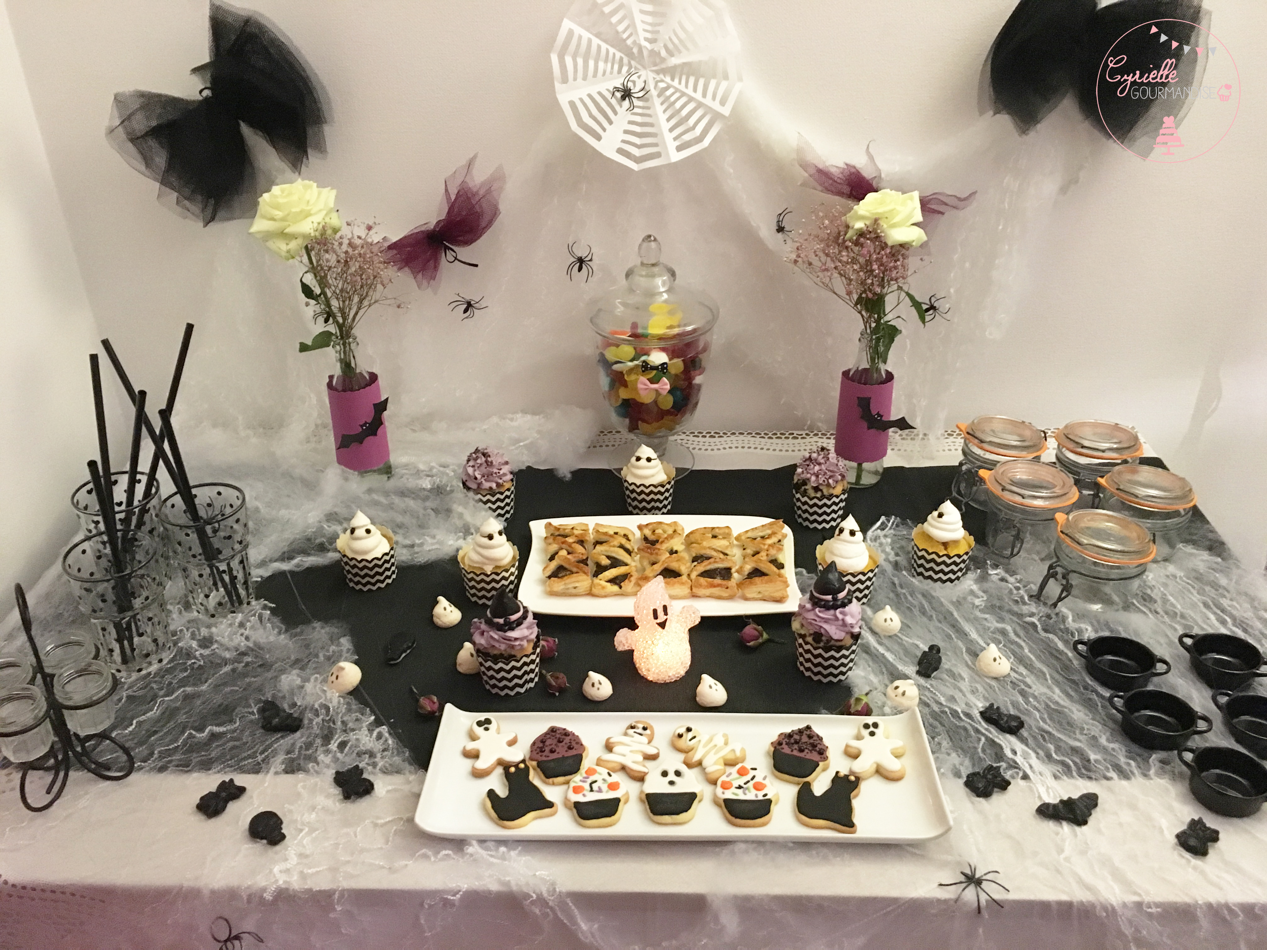 table-halloween