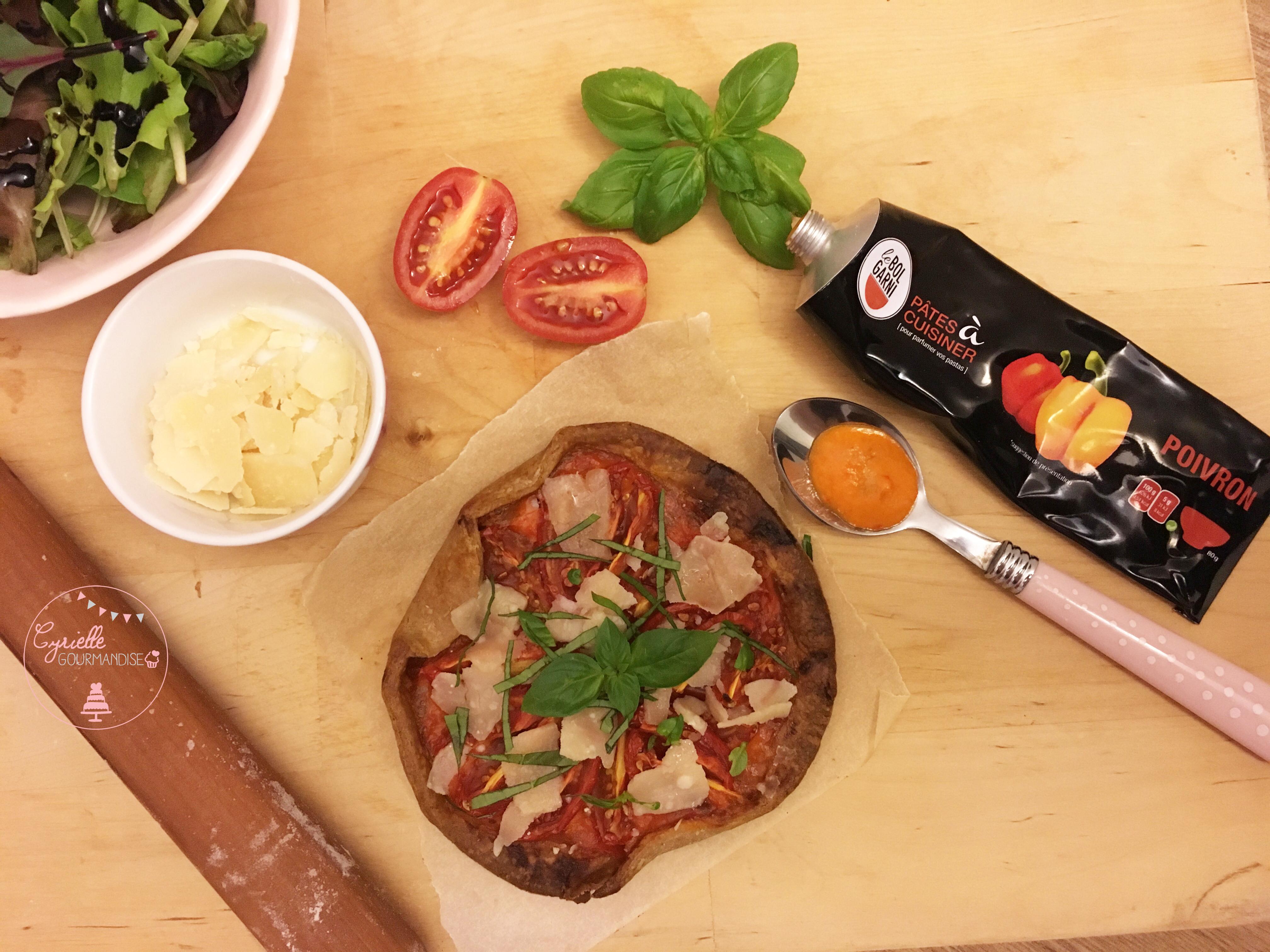 tarte-fine-tomates-poivrons-parmesan-le-bol-garni-2