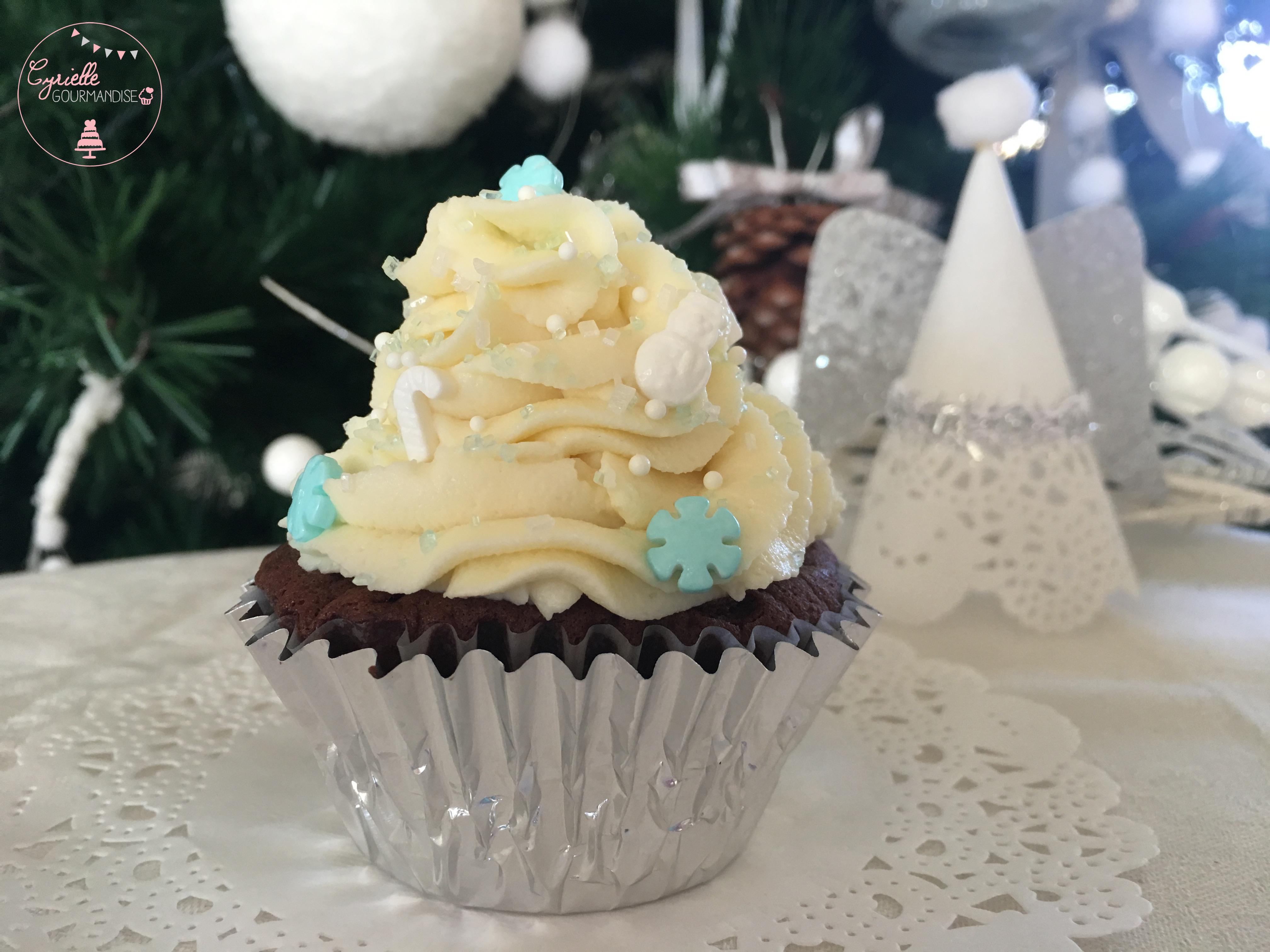 cupcakes-aux-deux-chocolat-noel