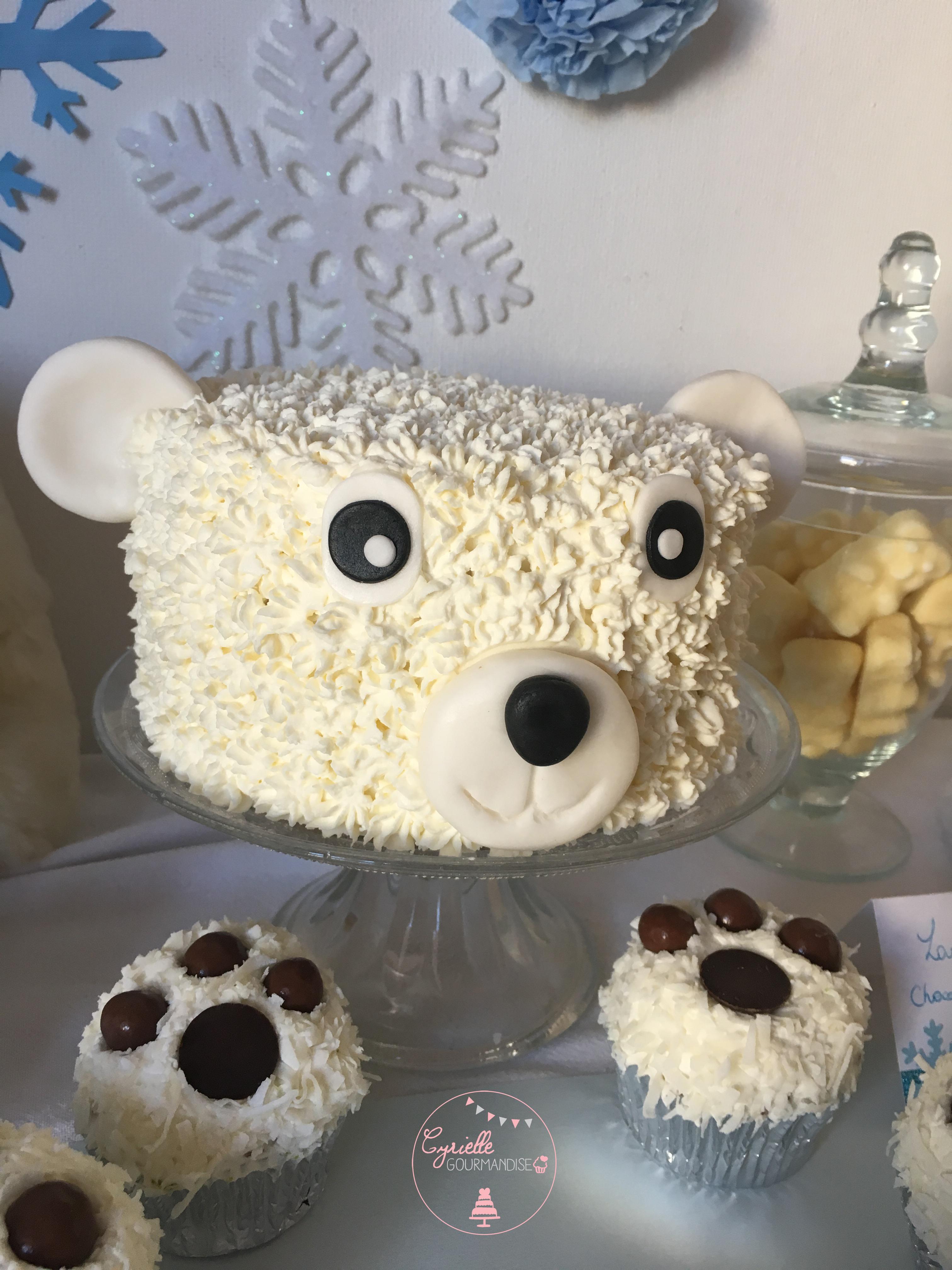 Polar Bear Cake 2