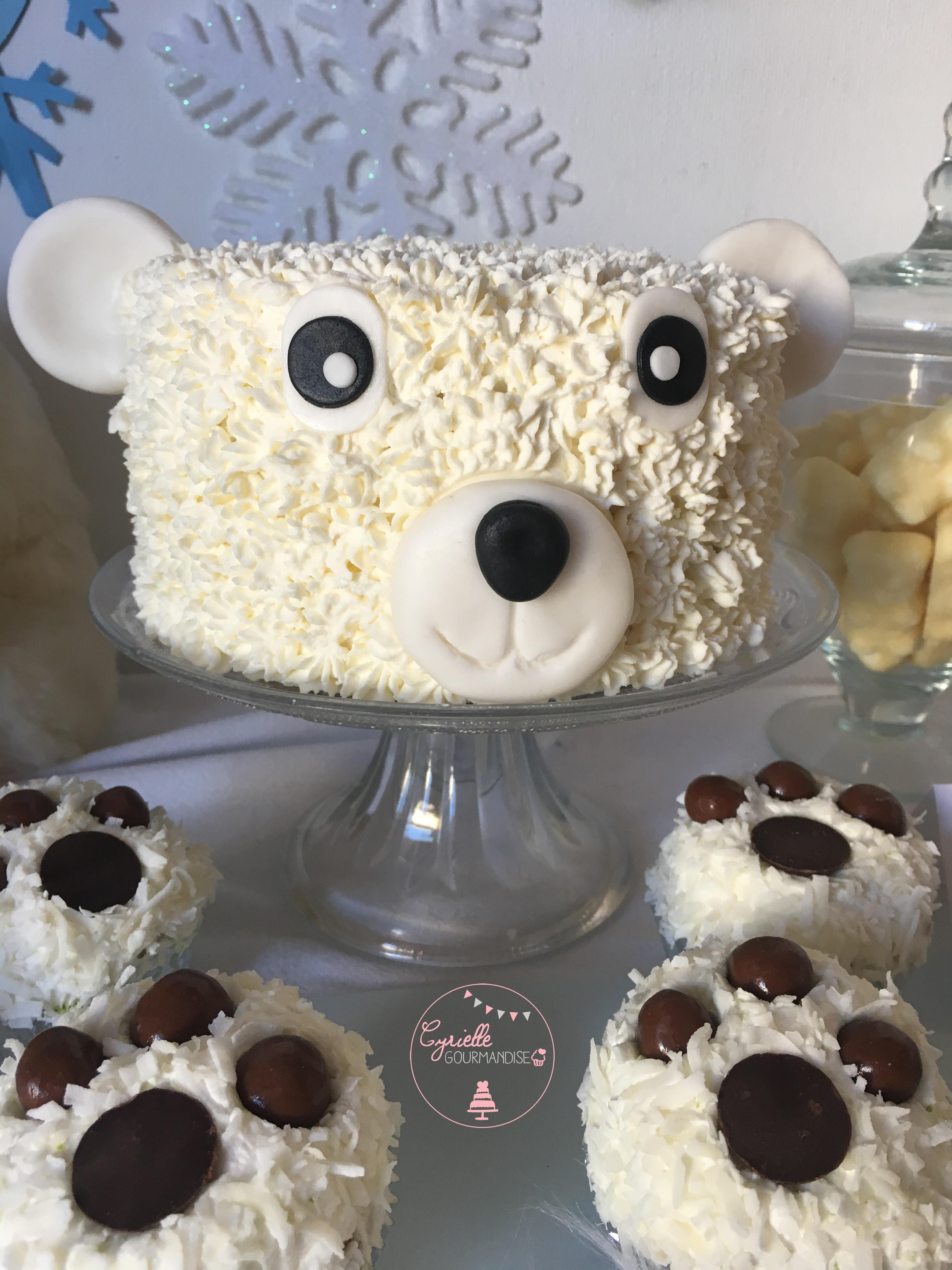 Polar Bear Cake 3