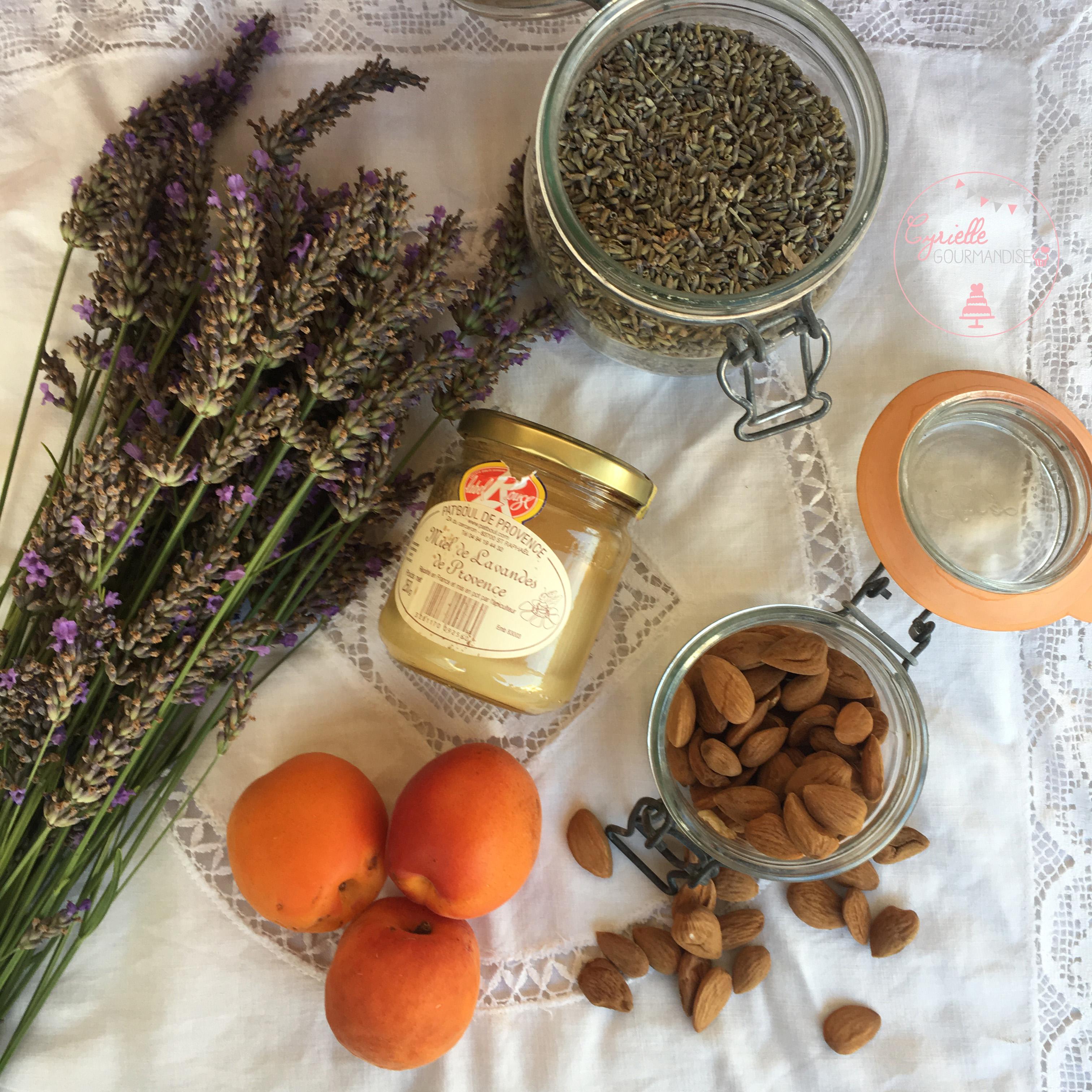 Panna Cotta Lavande Abricots poêlés ingrédients