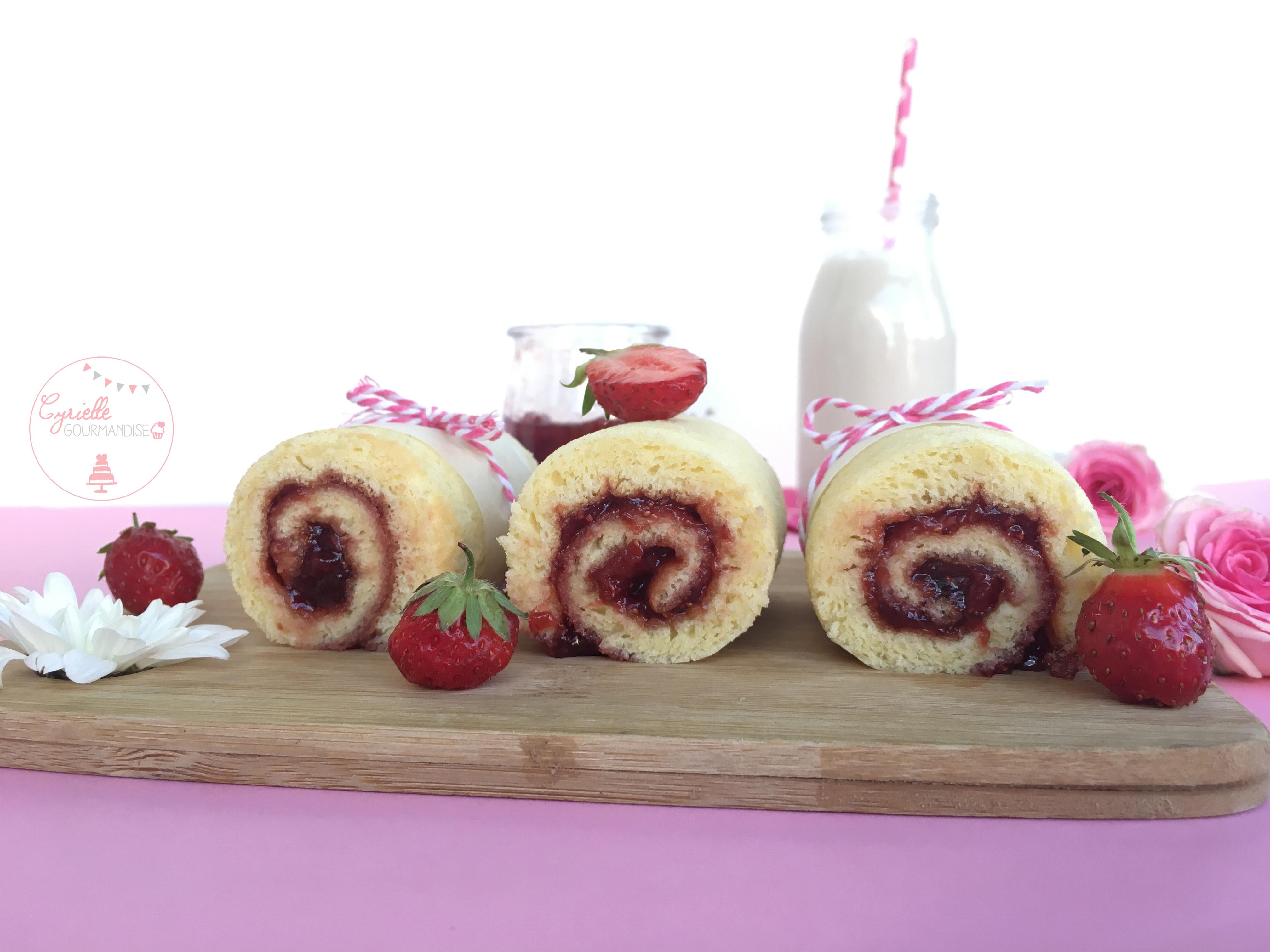 Gâteau roulé fraise 6